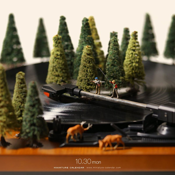 02 Questo artista dal 2011 ha creato una scena in miniatura ogni giorno