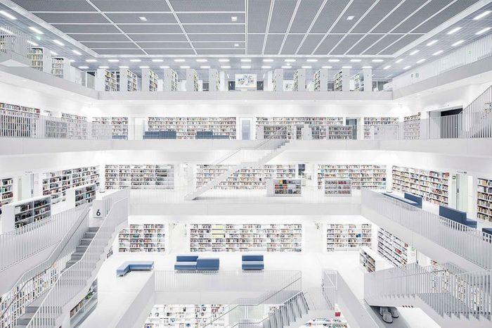 04 Il fascino e le differenze tra le più belle librerie d' Europa