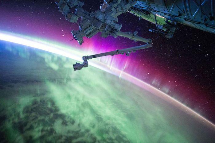 04 le più belle foto di aurore boreali della NASA