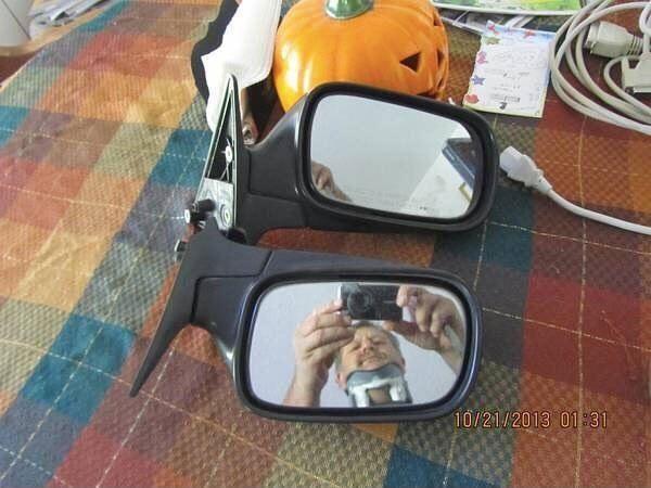 07 Immagini di persone che cercano di scattare foto di specchi che vogliono vendere online