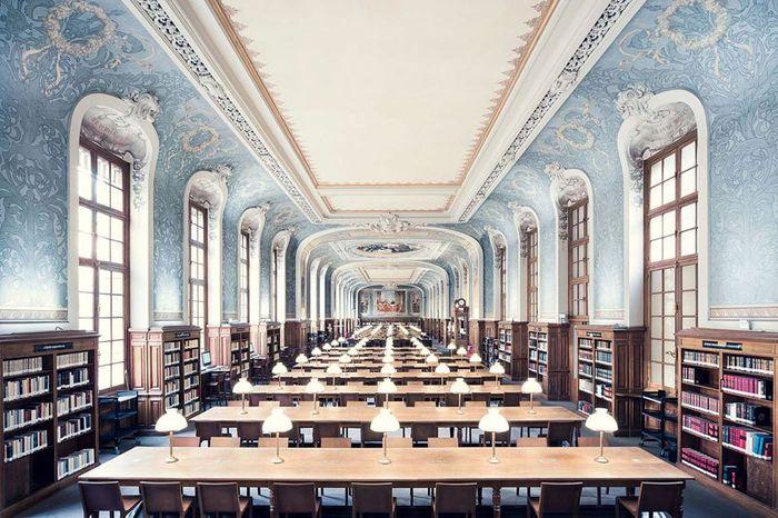 09 Il fascino e le differenze tra le più belle librerie d' Europa