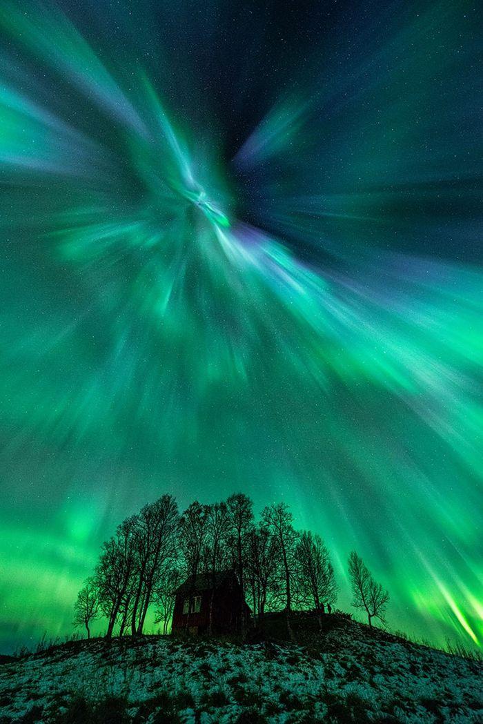28 le più belle foto di aurore boreali della NASA