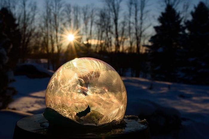 02 cristalli di ghiaccio dentro bolle di sapone