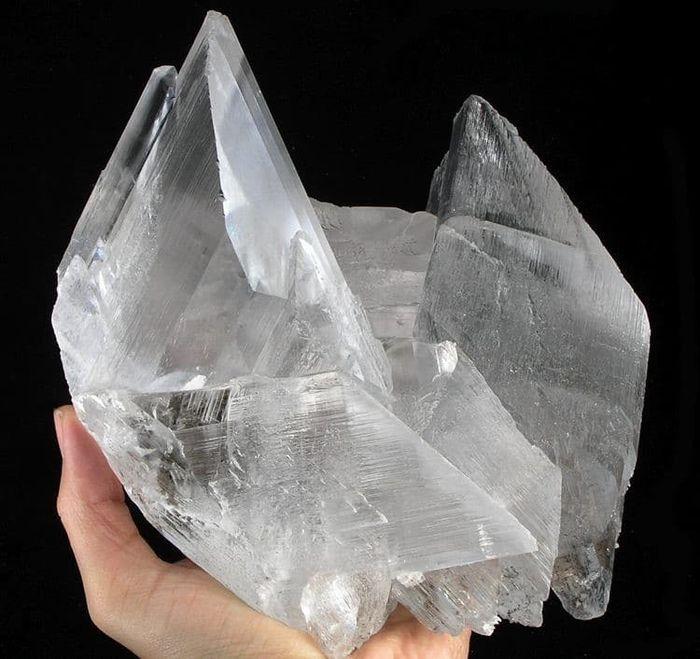 03 In una grotta del Messico i cristalli più grandi del mondo