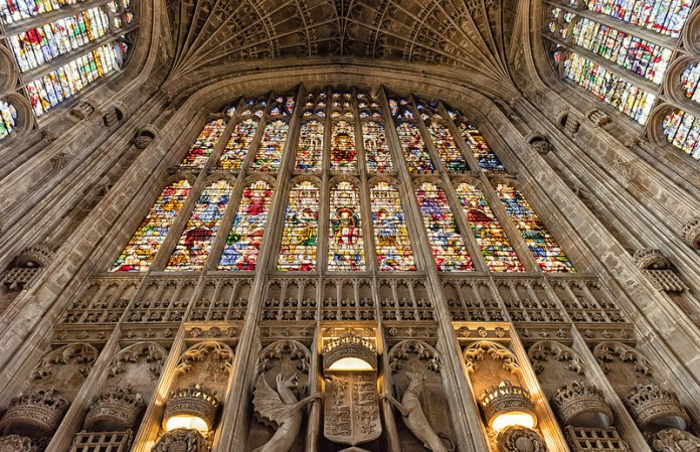 04 7 tra le più belle vetrate del mondo
