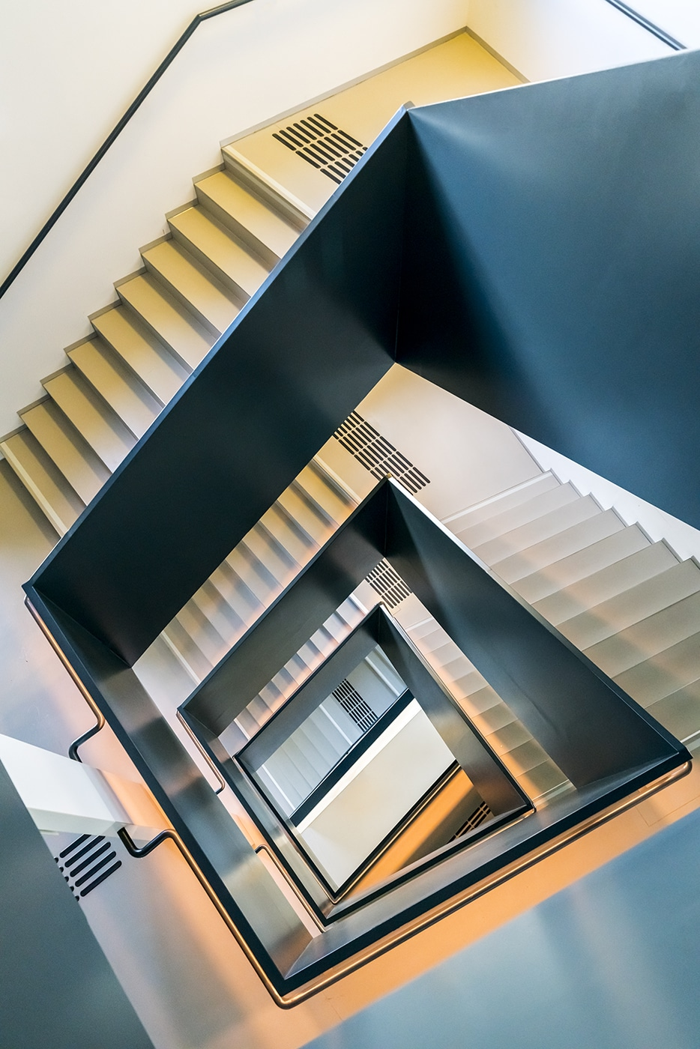 04 Le simmetrie architettoniche di Vienna nelle foto di Zsolt Hlinka