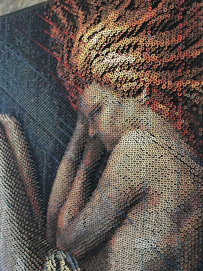 04 Questo Impressionante ritratto è composto da 20.000 viti