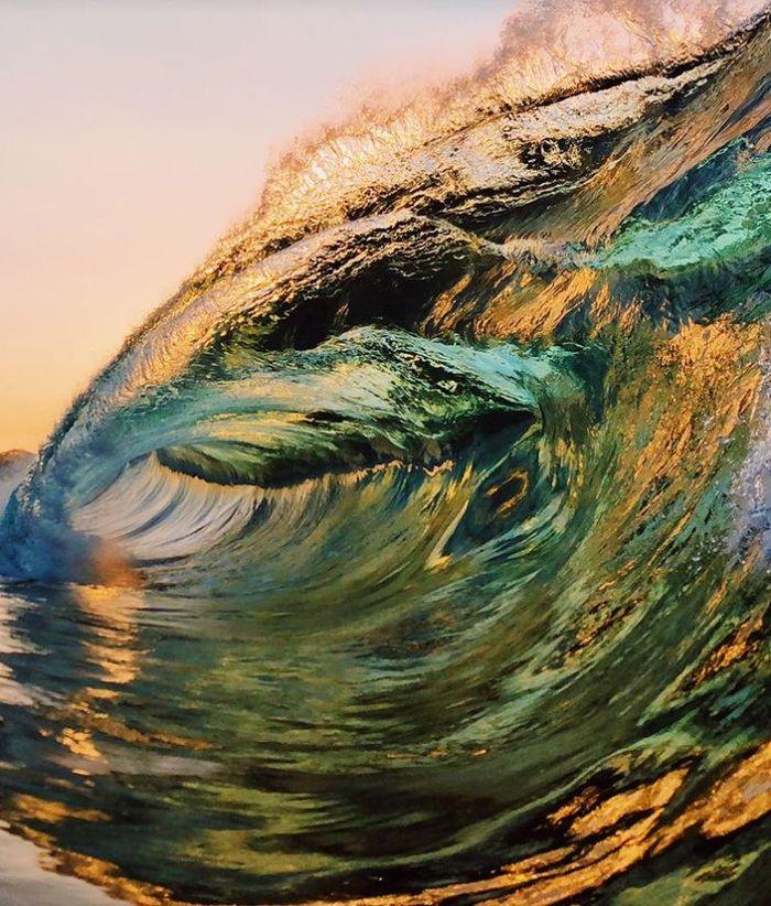 05 onde giganti dell'oceano nelle foto di Ryan Pernofski