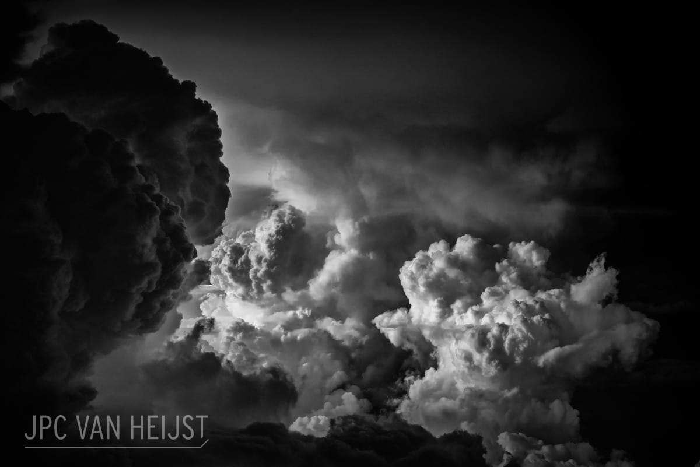06 Il fascino dei temporali visti da sopra