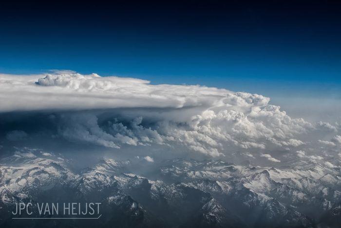 07 Il fascino dei temporali visti da sopra