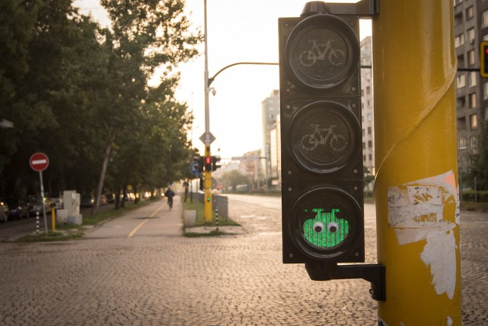Arte di strada eyebombing
