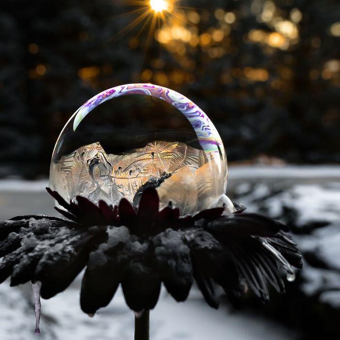 08 cristalli di ghiaccio dentro bolle di sapone