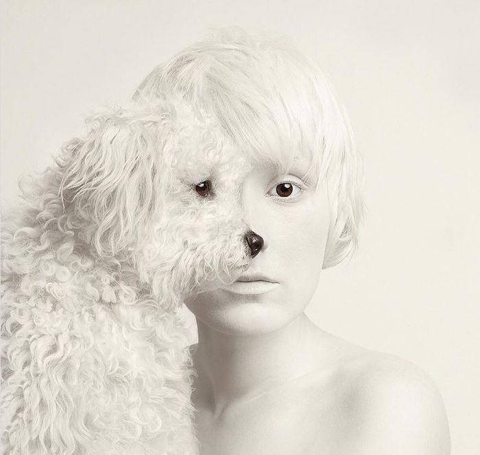 09 volti umani e di animali nelle foto di Flora Borsi