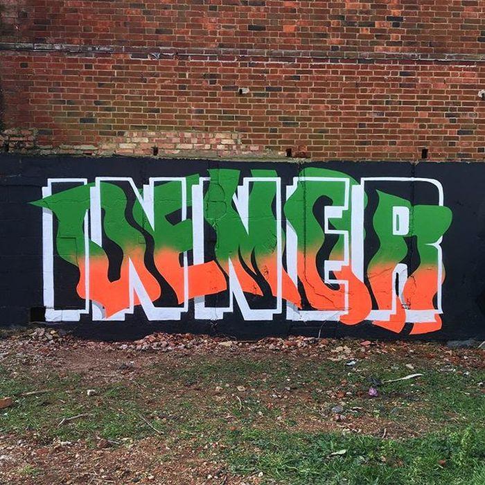 13 I graffiti che nascondono frasi