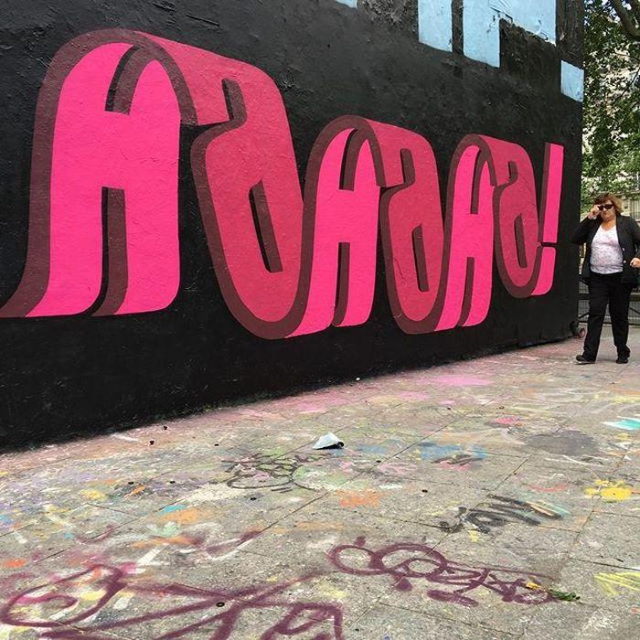 16 I graffiti che nascondono frasi