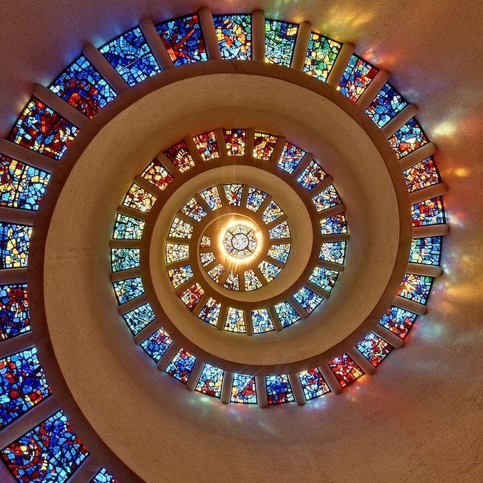18 7 tra le più belle vetrate del mondo
