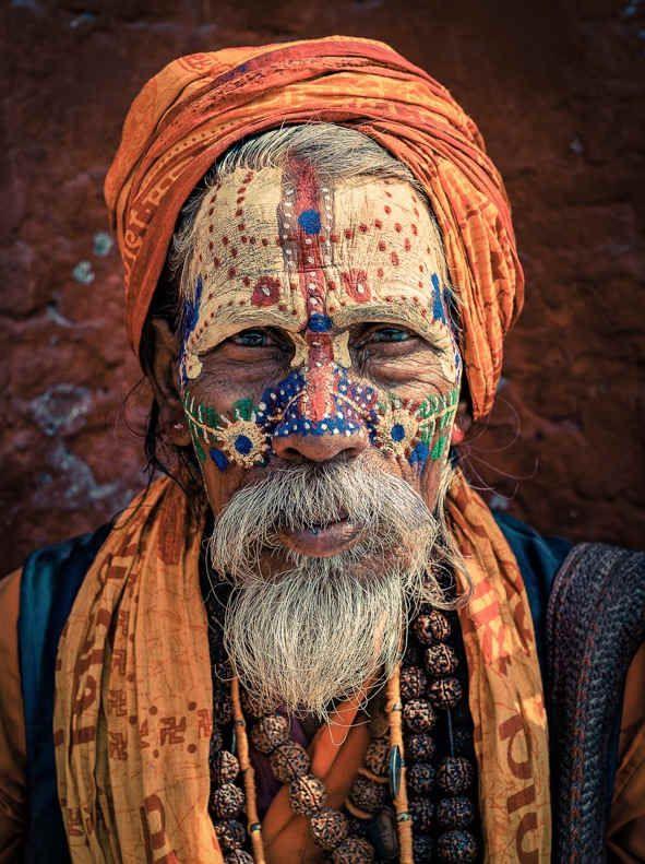 I volti della devozione religiosa nelle foto di Omar Reda