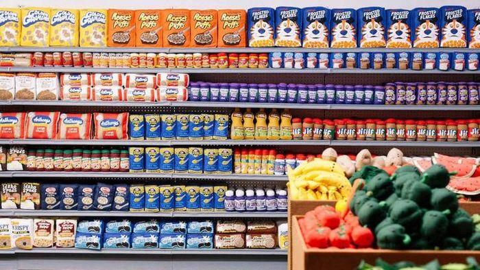 01 Un supermercato con 31.000 prodotti alimentari non commestibili