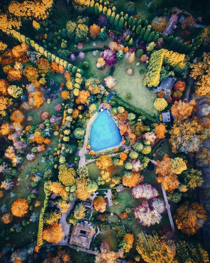 Coloratissime e insolite le foto scattate dal drone di Demas Rusli